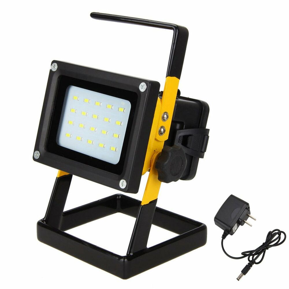 Outdoor Flood Light Portable: Portable Rechargeable 10W 20 LED Outdoor Camping Flood