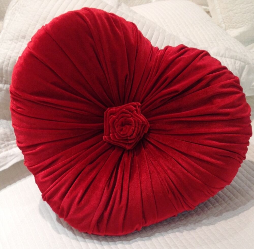 Red Heart Decorative Pillow : Shabby Chic French Country Cushion / Throw Pillow Red Heart Velvet eBay
