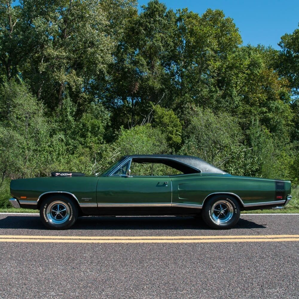 1969 Dodge Charger 440 Super Bee Tribute