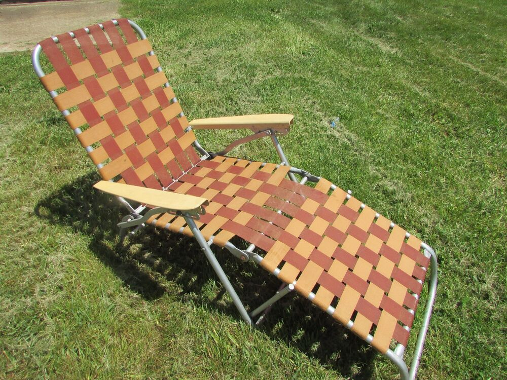 Vintage Retro Aluminum Folding Webbed Chaise Lounge Lawn