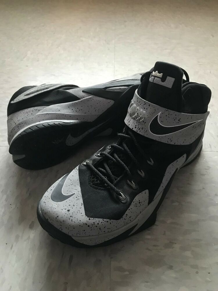 11552a20cc8c Details about Nike Zoom LeBron Soldier 8 Men s Basketball Shoe Size 10.5