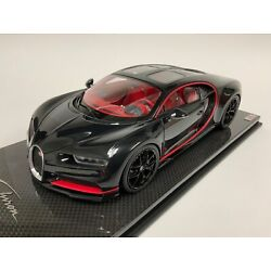 1/18 MR Collection Bugatti Chiron Sky view in Black Red Accent Carbon base