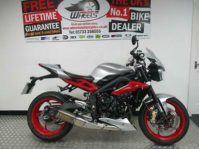 2015 TRIUMPH STREET TRIPLE RX - ARROW EXHAUST FITTED