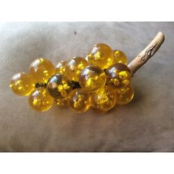 Kyпить Vintage Mid Century 1960s  Lucite Acrylic (Glass) Yellow Grapes Cluster на еВаy.соm