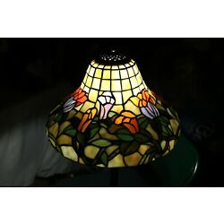 Kyпить Tiffany style Stained Glass Lamp Shade Bell Shaped Flowers Beautiful 15