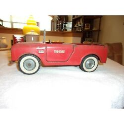 VINTAGE ORIGINAL TRU SCALE INTERNATIONAL IH SCOUT RED WITHOUT CAB