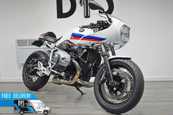 BMW R NINE T RACER R9T SPORT MODEL 2017 WHITE LOW MILEAGE IMMACULATE
