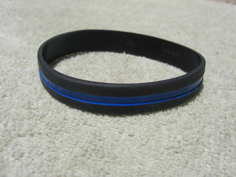 thin blue line wristband bracelet band thin blue line. Black Bedroom Furniture Sets. Home Design Ideas