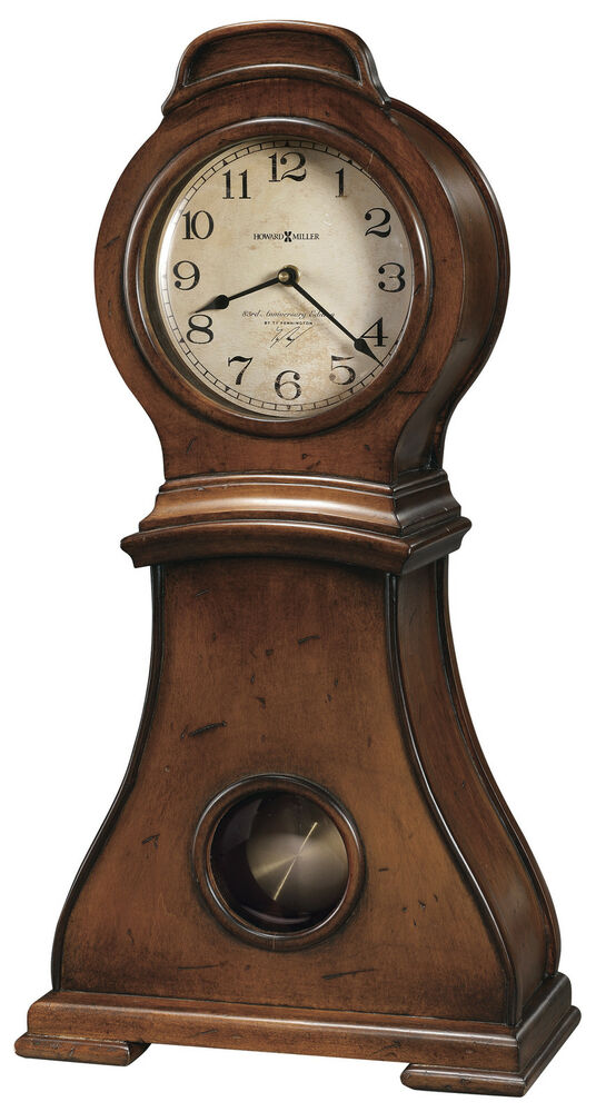 635 157 Mallory Howard Miller Sofa Table Clock In Harvest