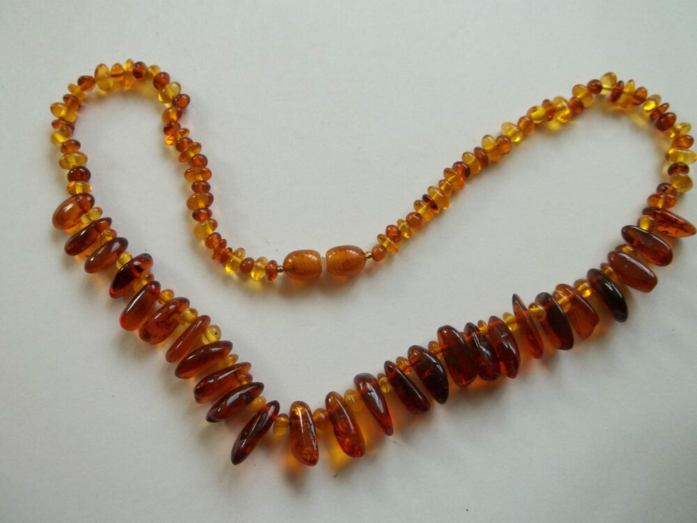 """Vintage amber beaded necklace,great cnd,16""""long,screw ..."""