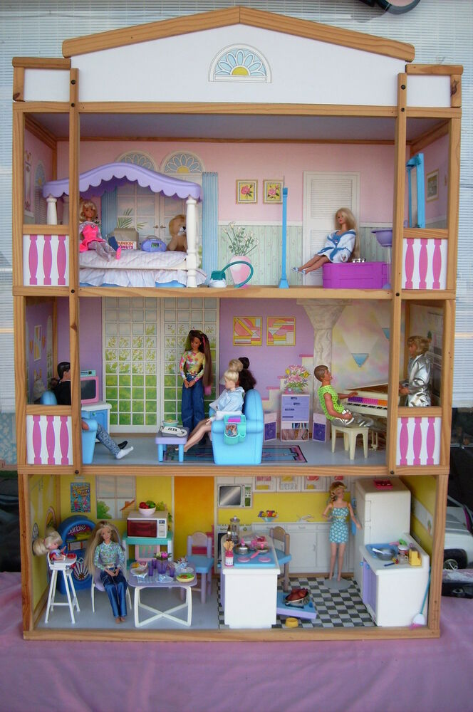 Barbie Size 4 Level Doll House Complete With Furniture