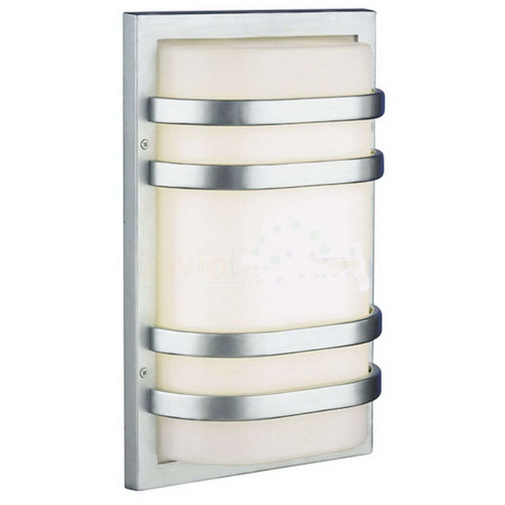 Fluorescent Exterior Wall Lights : Vista Silver Exterior Fluorescent Wall Light 14.5x10