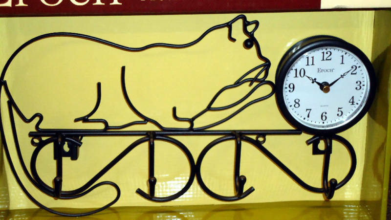 WALL CLOCK METAL CAT SILHOUETTE WITH HANGERS
