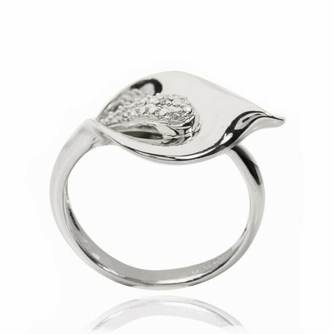 Calla Lily Gold Ring