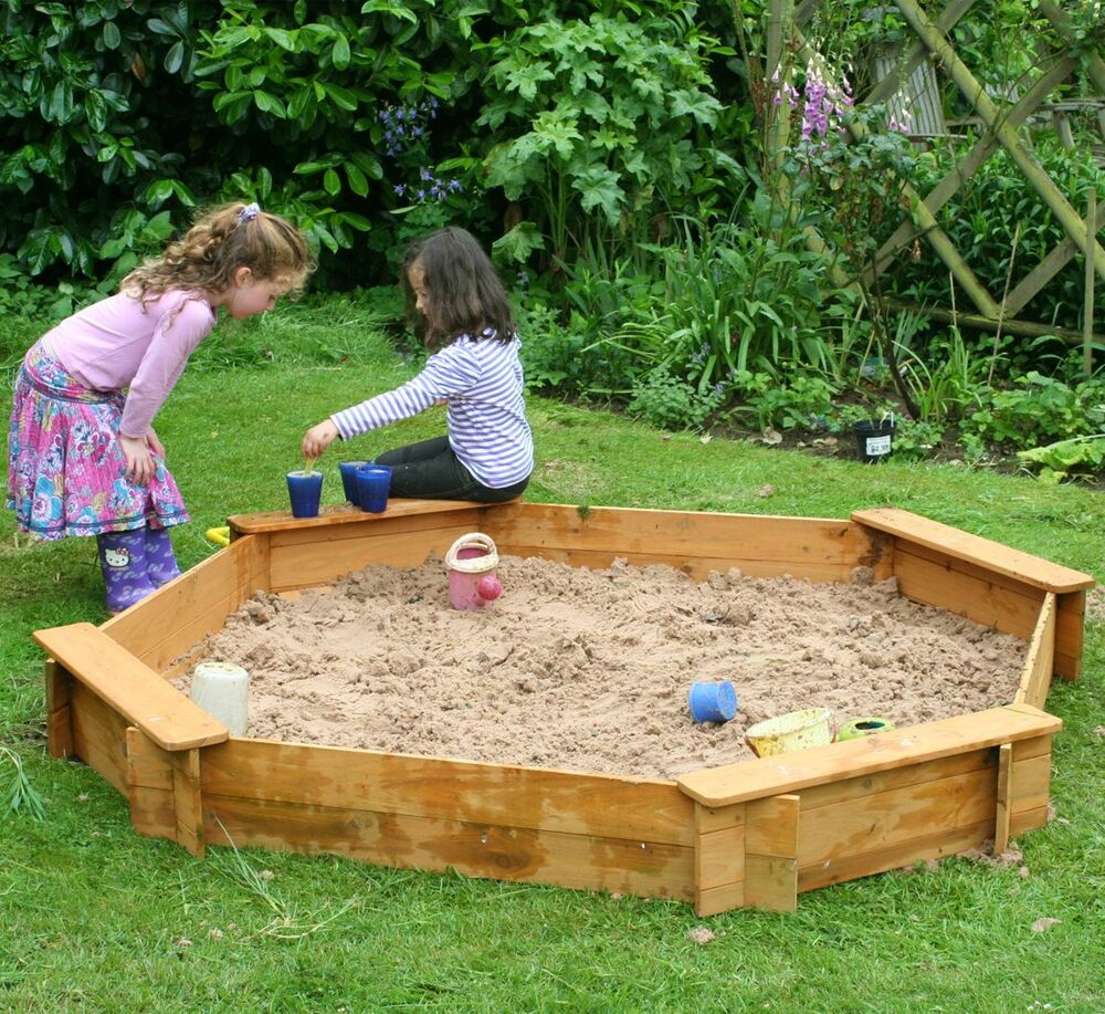 Garden Games Large Wooden Sandpit Octagonal With Cover And