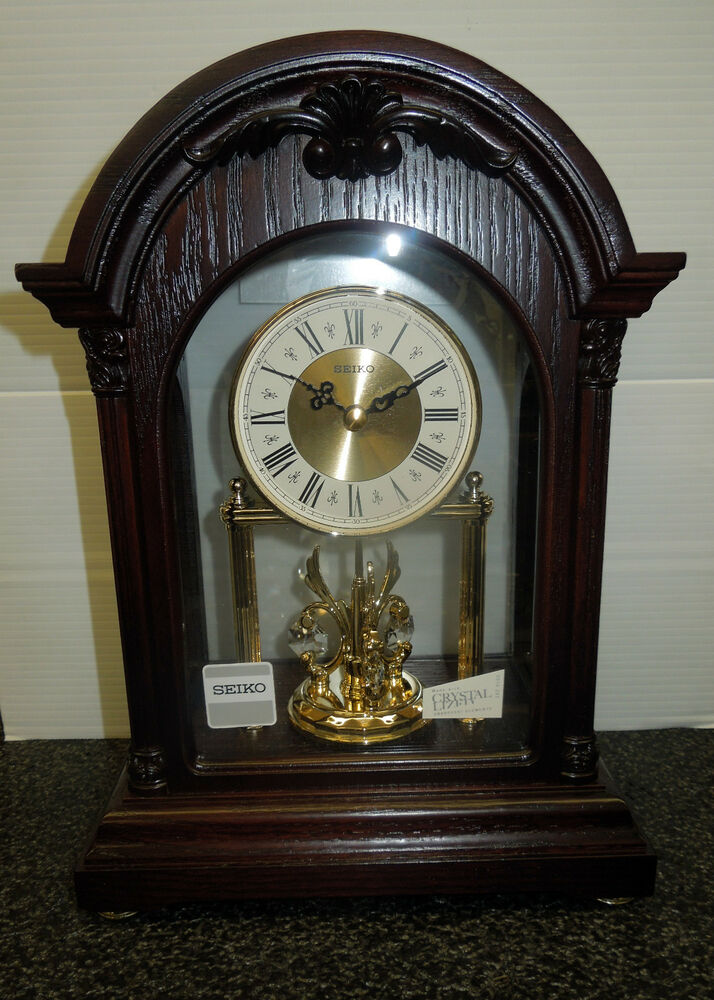 Seiko Mantel Clock In Wooden Case With 3 Rotating