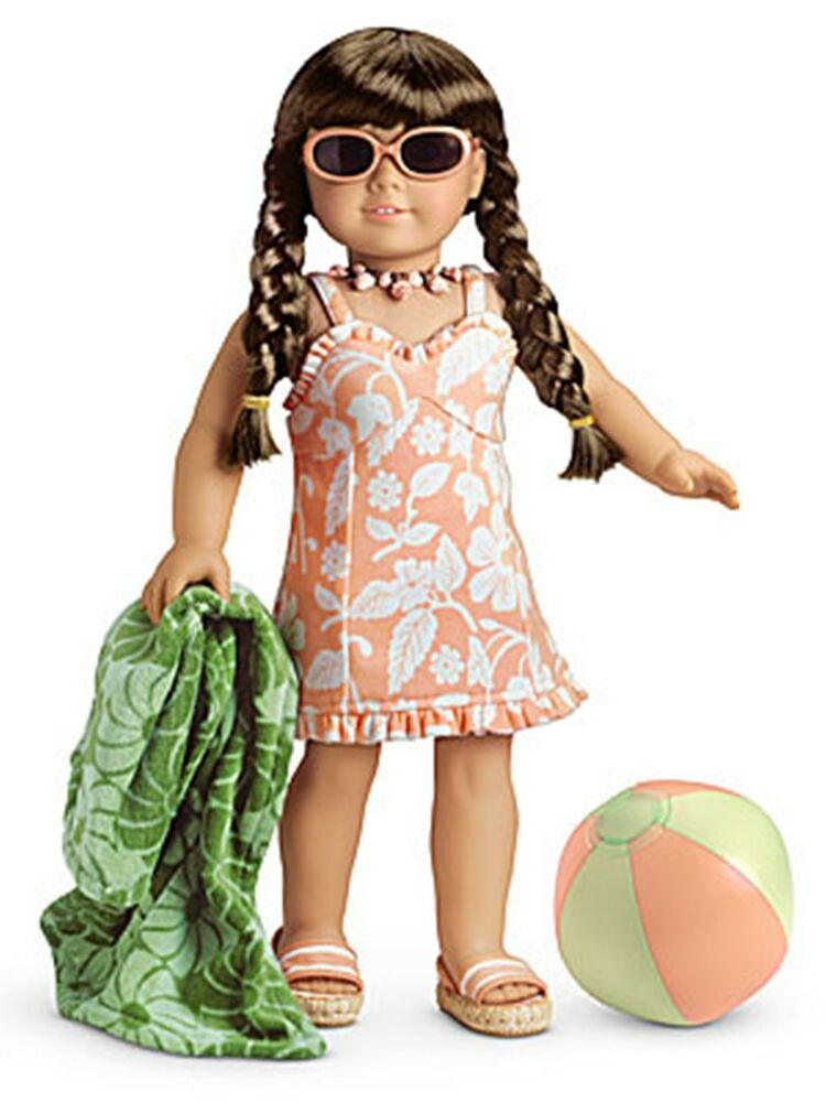 new american girl molly 39 s 1944 swimsuit for doll complete towel ball glasses new ebay. Black Bedroom Furniture Sets. Home Design Ideas
