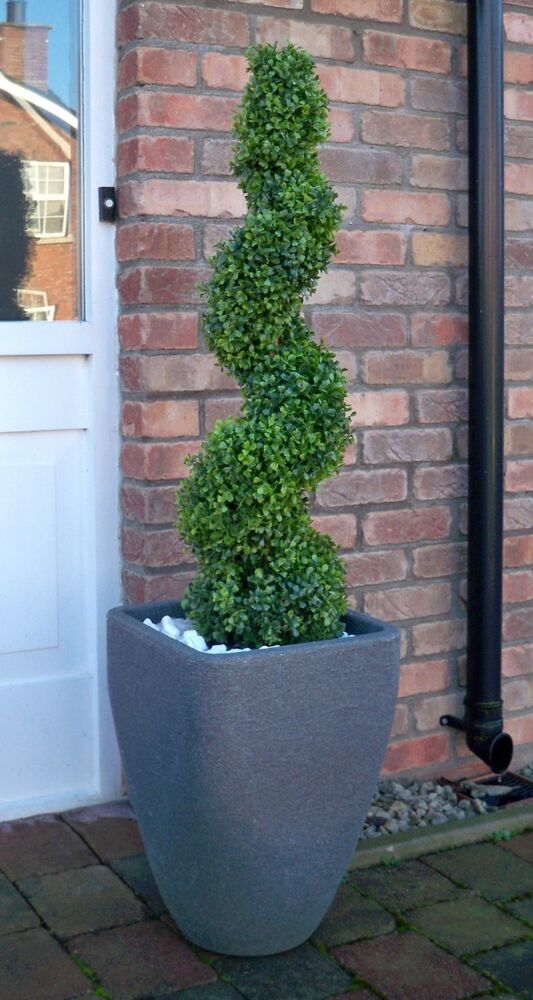 Best artificial 3ft 90cm topiary spiral boxwood buxus for Garden topiary trees