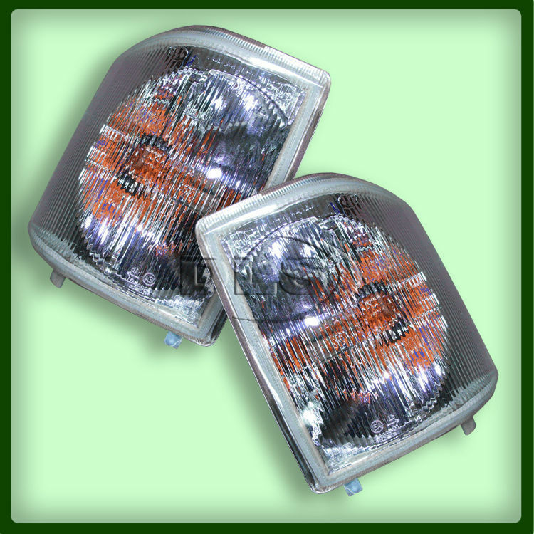 Pair Of Clear Front Indicator Lights For Land Rover: Front Clear Indicator Lamp Set