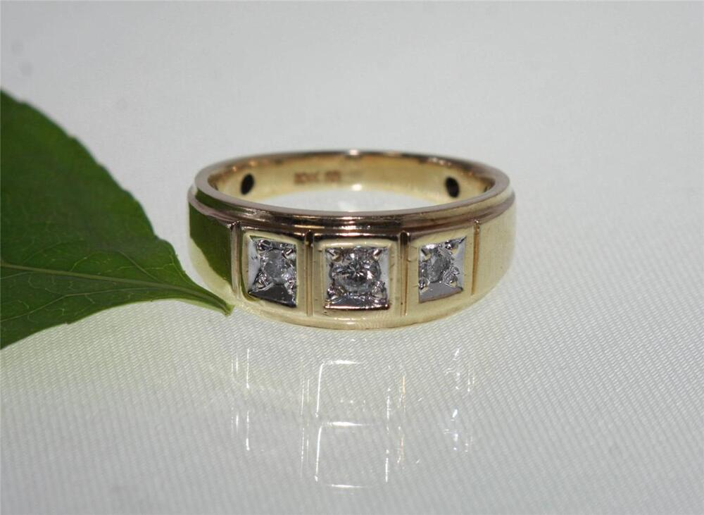 Zales Estate 10k Gold Mens 3 Stone Diamond Wedding Band