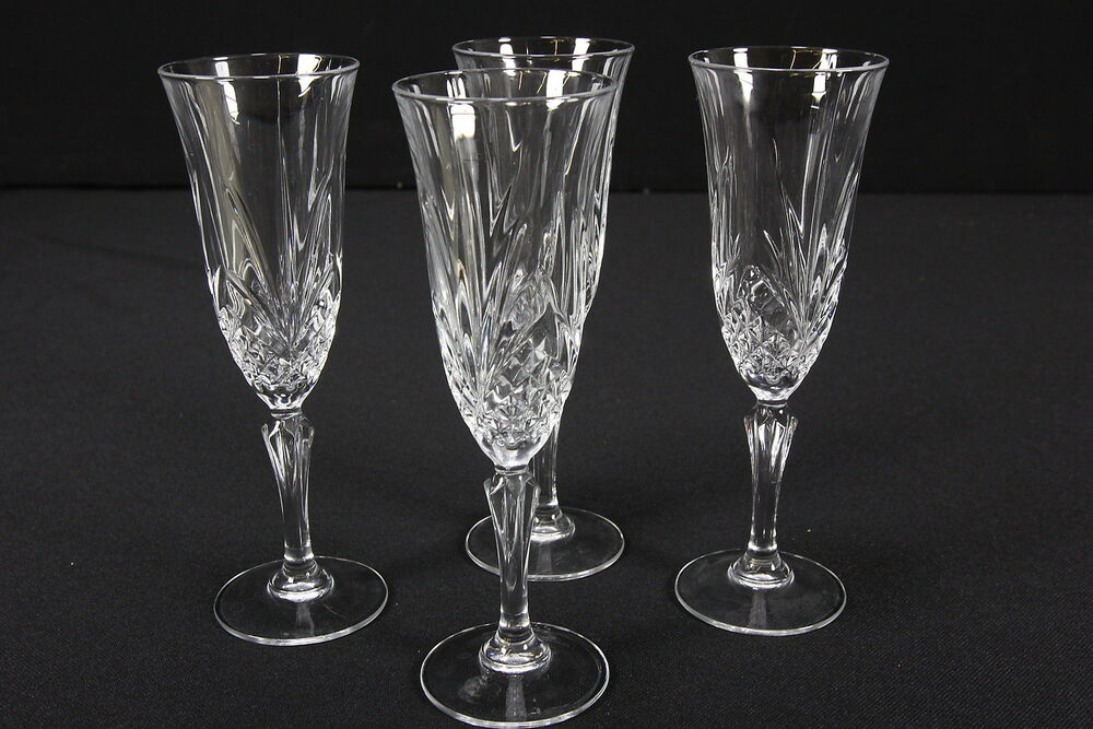 cris d 39 arques jg durand masquerade pattern crystal champagne flutes set of 4 ebay. Black Bedroom Furniture Sets. Home Design Ideas