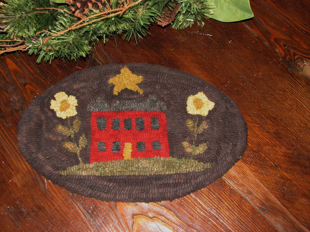 Primitive Hooked Rug Pattern On Linen Quot Lil Red Saltbox Quot Ebay