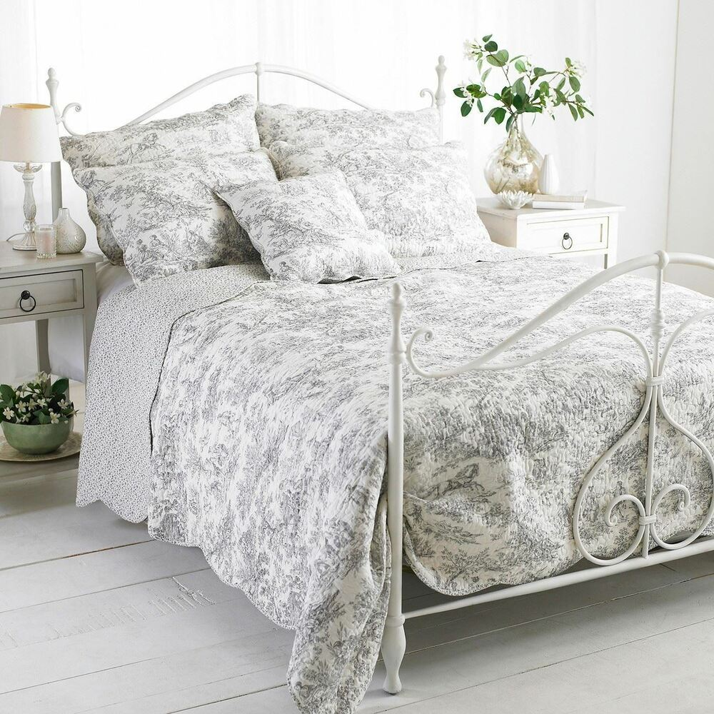 Etoille Grey Double 240x260cm 100 Cotton Quilted