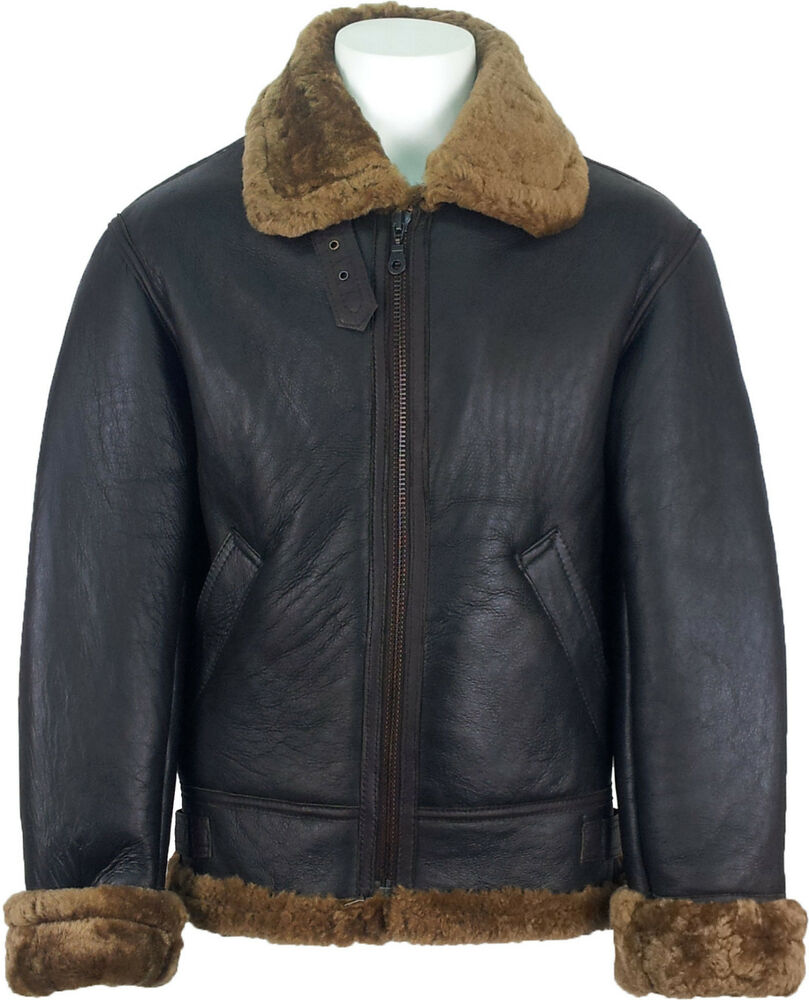 A men's leather aviator jacket is most often made along martial lines with a high collar and a single- or double-breasted cut. They have a bit of a rakish look to them, especially when worn in combination with pressed trousers, tall boots, and the ever-popular red scarf as an accent piece.