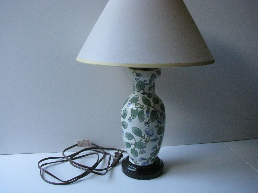lamp blue flowers floral pattern small bedside table lamp ebay. Black Bedroom Furniture Sets. Home Design Ideas