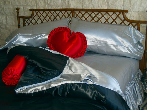 King Size Waterbed Sheet Set With Stay Tuck Poles