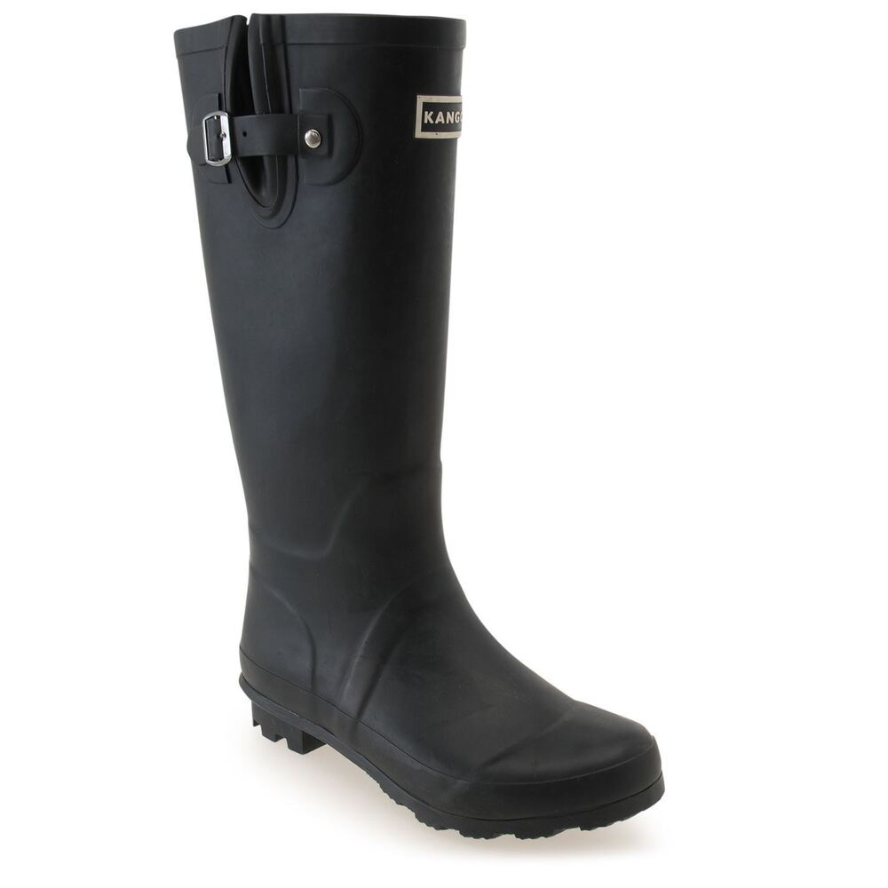 This collection of Hunter men's wellies and footwear incorporates a great selection of boots and shoes from both the Hunter Original and the Hunter Field ranges - meaning that there is certainly something here to offer everybody.