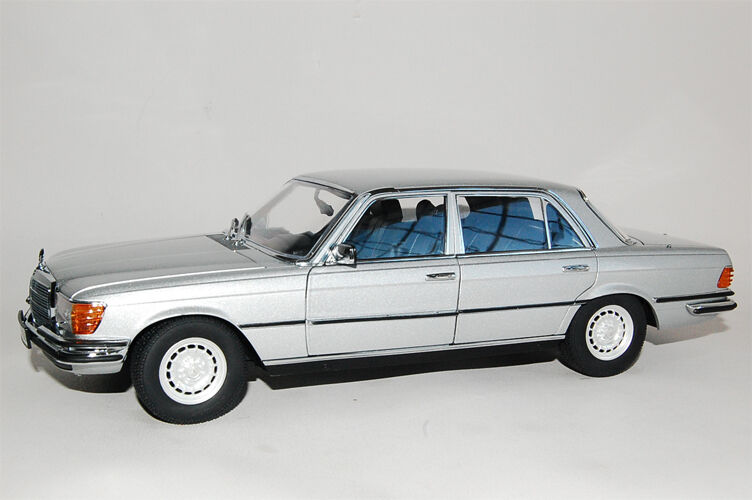 revell mercedes 450sel w116 1 18 silver long sold out. Black Bedroom Furniture Sets. Home Design Ideas