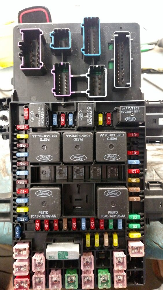 2004 Ford Expedition Lincoln Navigator Fuse Box Relay