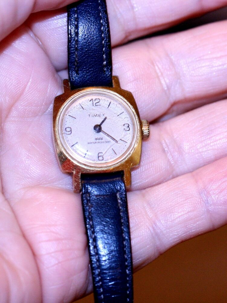 Vintage jewelry watch timex wind up ladies watch water resistant leather band ebay for Jewelry watches