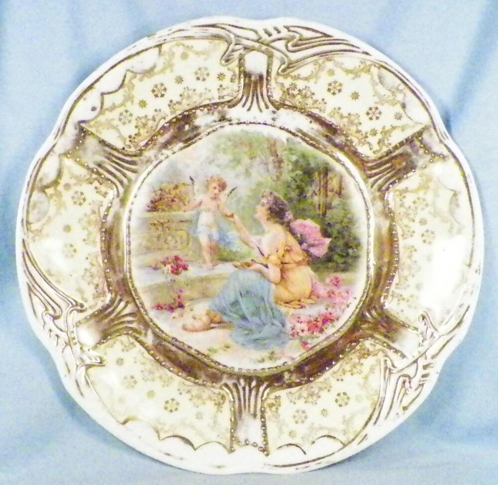 Antique cabinet plate lady cupid porcelain victorian for Decoration plater