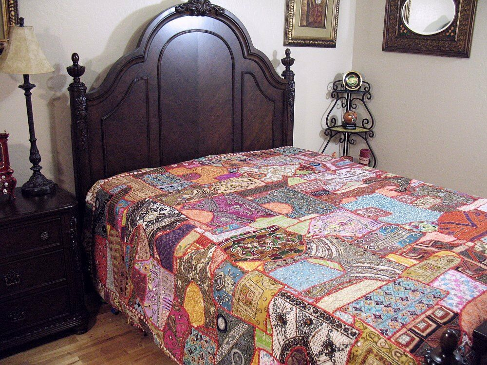 India inspired decor bedding vintage khambadia tapestry for Decorative bed quilts