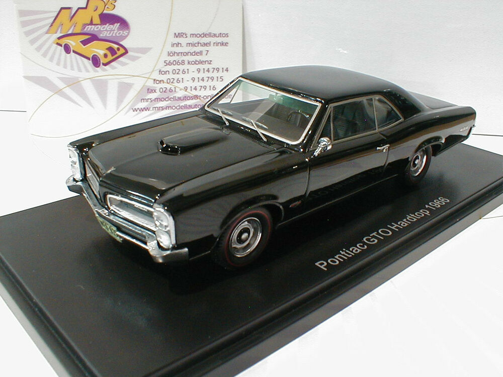 neo 46025 pontiac gto hardtop baujahr 1966 in schwarz. Black Bedroom Furniture Sets. Home Design Ideas