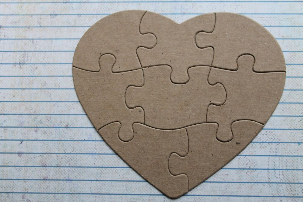 8 Piece Heart Shaped Jigsaw Puzzle Bare Unfinished