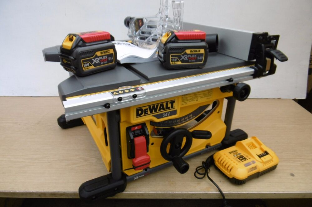 Brand New Dewalt 54v Flexvolt Dcs7485t2 210mm Table Saw 6 Ah Kit Ebay
