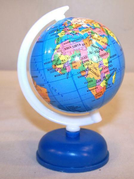2 Small World Globes On Stand Fund Raiser Earth Globe Map Countrys