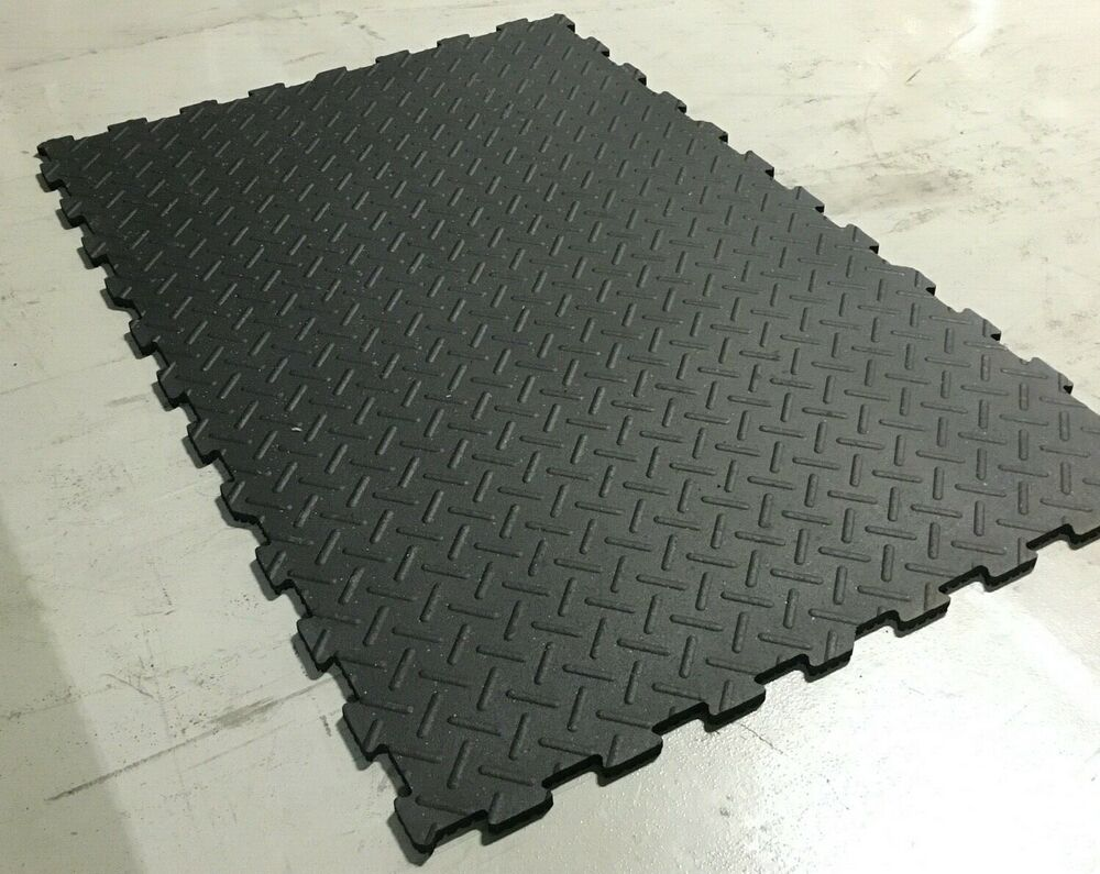 "4x6' 3/4"" SMOOTH RUBBER FLOOR INTERLOCKING"