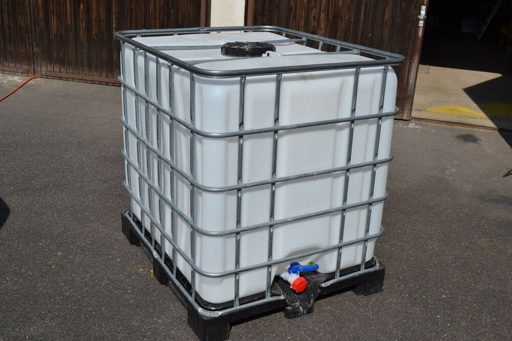 ibc 1000 liter gereinigt container regenfass futtermittel wasserfass tonne ebay. Black Bedroom Furniture Sets. Home Design Ideas