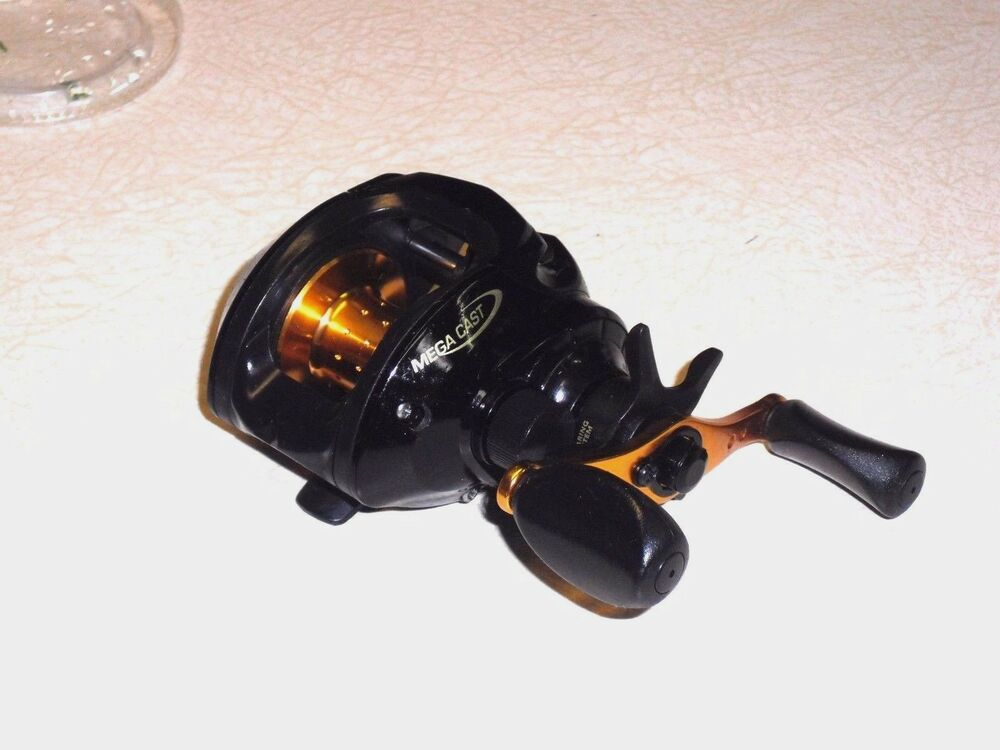 Bass pro shop 39 s fishing reel mega cast super clean for Bass pro fishing reels