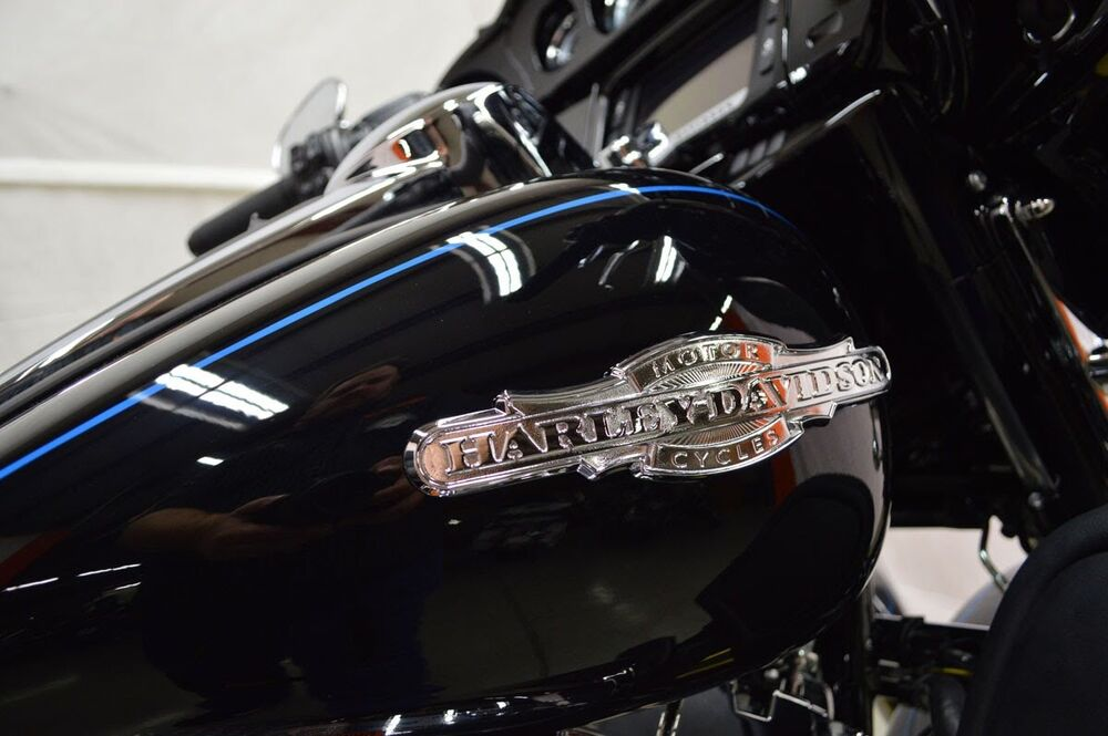 Gas Tank For  Harley Davidson Ultra