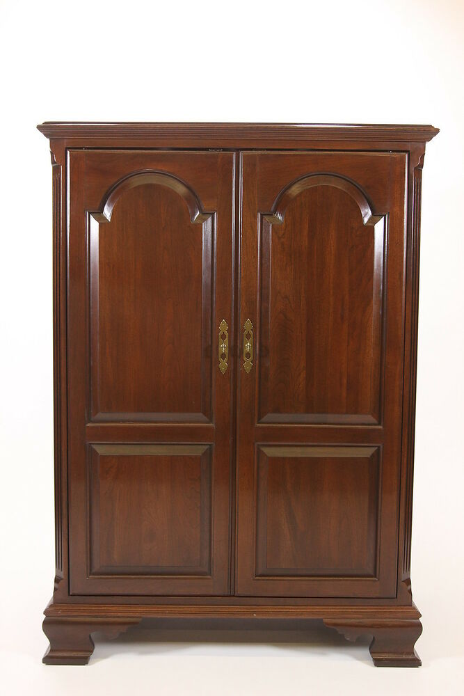 Ea Ethan Allen Entertainment Center 11 9040 225 Tv Armoire