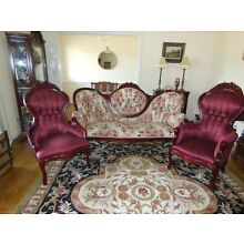 VICTORIAN SETTEE WITH MATCHING CHAIRS, CHERRY MAGNOLIA