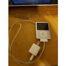 Apple 4G iPod Classic | 4gb with charger works , Free shipping