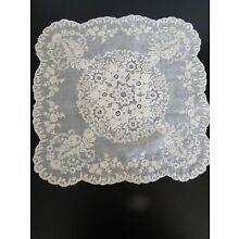 ANTIQUE LACE- LOVELY FOND DE BONET ,WHITEWORK EMBROIDERED HANDKERCHIEF