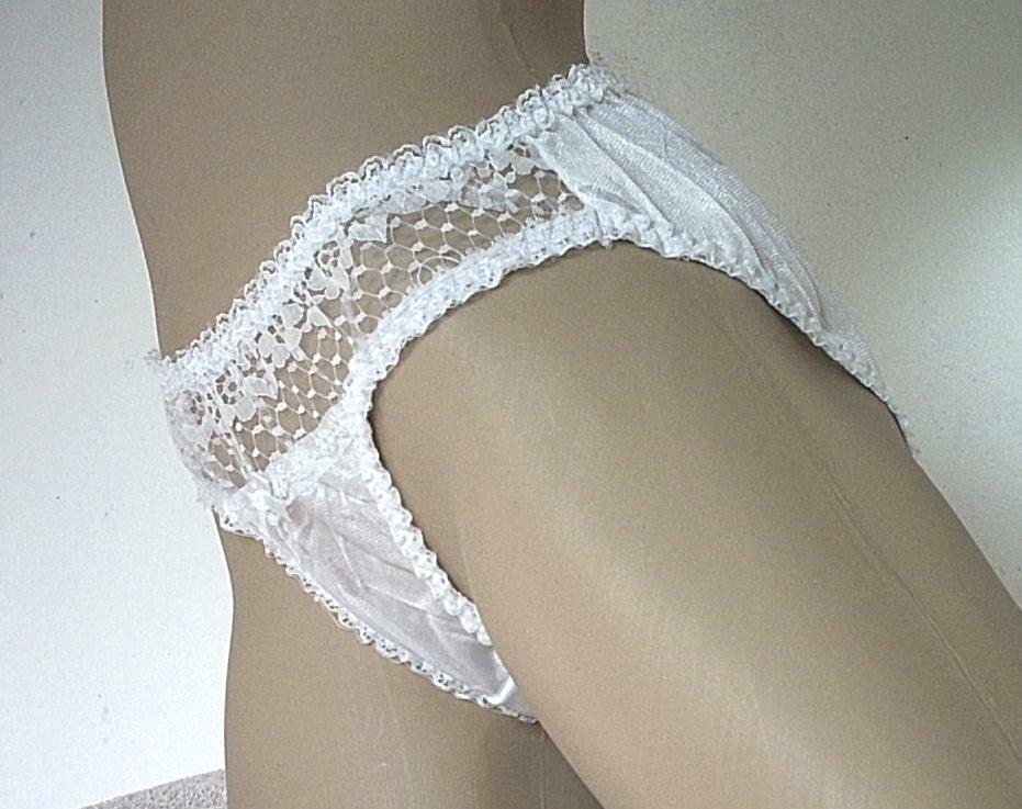 45d4075f53 Cute Silky White Vintage Schoolgirl Nylon Panties Frilly Lace Knickers UK S  10