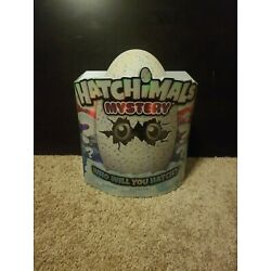 Kyпить Hatchimals Mystery Hatch - 1 of 4 Fluffy Interactive Mystery Characters на еВаy.соm